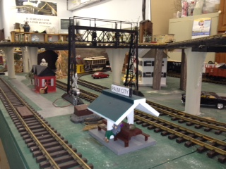 G Scale Station LG